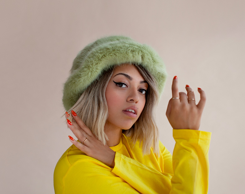 Mahalia-Press-Shot-1---Shot-by-Alice-Fisher---(Colour)_MID_RES